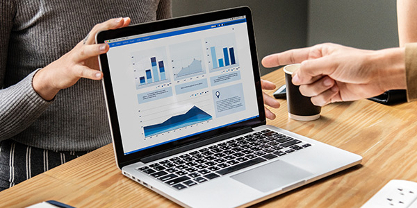Tracking Your Metrics - Key HR Metrics in Recruitment